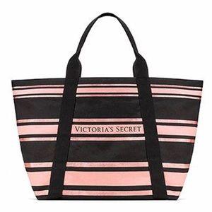 VS Victoria Secret tote